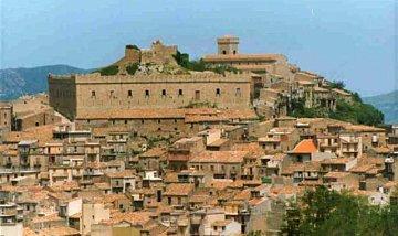 Montalbano Elicona - Centro Storico e Castello